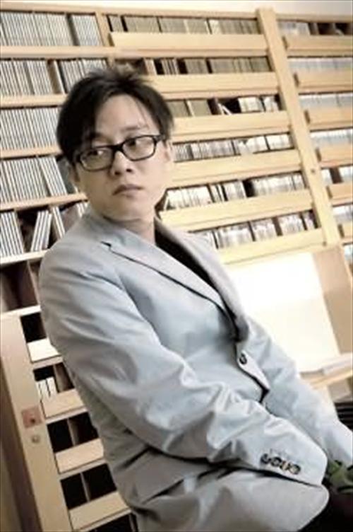 林夕发布新书 称下辈子希望做王菲