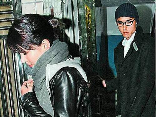 许玮宁帮爱郎出气 枪口对外轰媒体