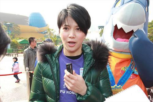 袁咏仪否认是严母 与张智霖教育理念有分歧