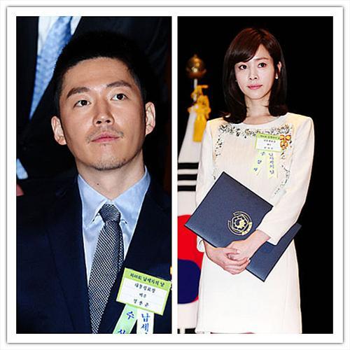 张赫韩智敏被授予总统表彰奖