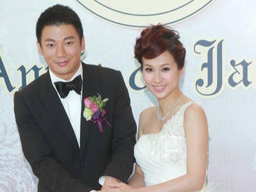 文颂娴奉子成婚 宣布怀孕3个月
