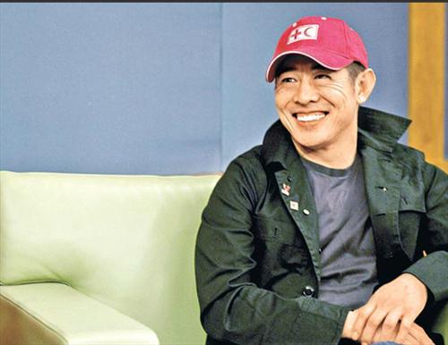 李连杰移民新加坡 不满中国现状