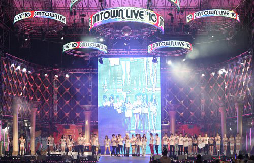 SM家族日本开唱 利特将服役:两年后再会吧!