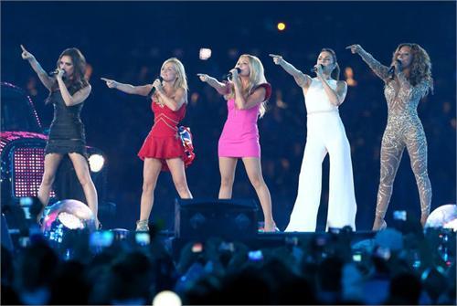 Spice Girls合体超震撼!伦敦碗成最大夜店